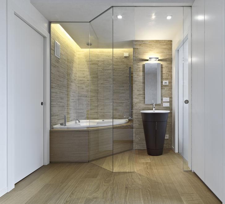 Devis gratuit pour rénovation complète de salle de bains sur mesure à Grenoble